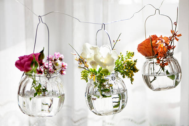 Check out amazing decorative vases to decorate your home